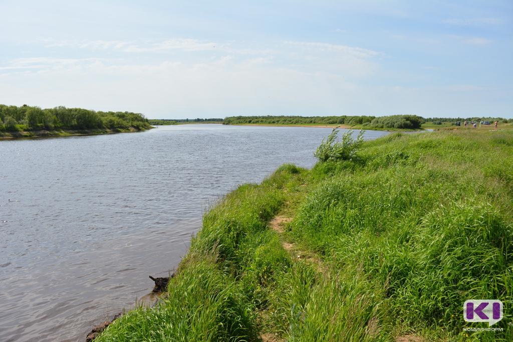 Предприятия, загрязняющие реки, обяжут отчислять средства в новый фонд