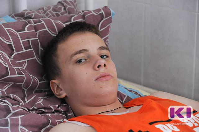 """Участник марафона """"Спасти ребенка"""" Павел Жучев из Удоры перенес пересадку костного мозга"""