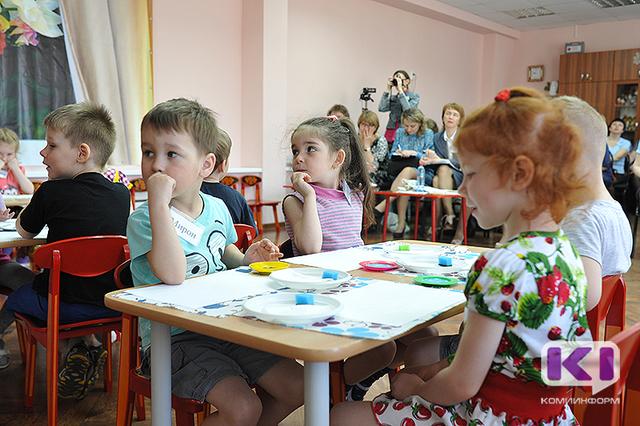 В Коми пособие на ребенка ежемесячно получают около 15,5 тысяч семей