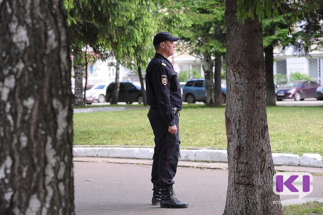 В Сыктывкаре перед судом предстанет местный житель, угрожавший сотруднику полиции ножом