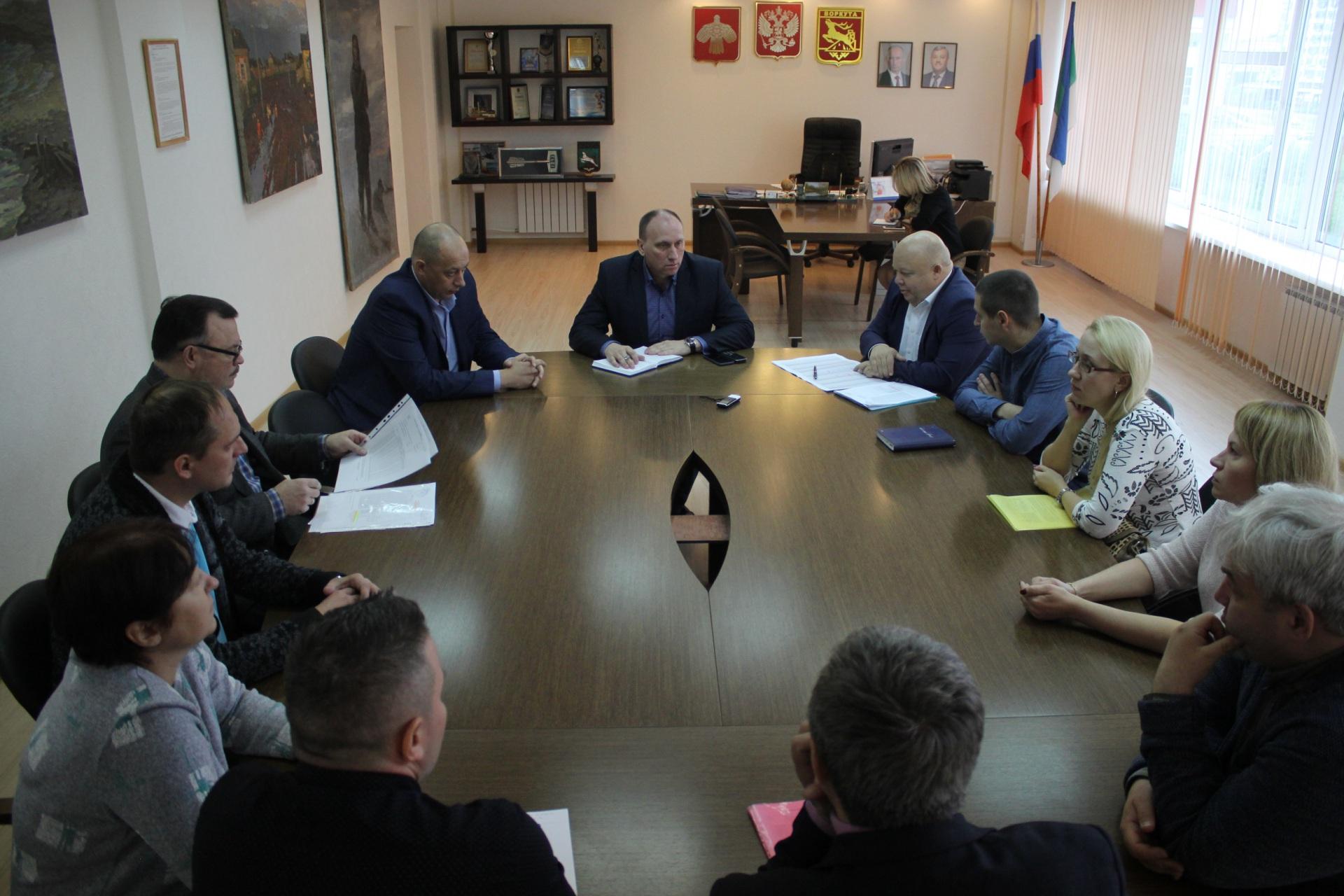 В Воркуте обсудили проблему снижения параметров горячего водоснабжения в отдельных районах города