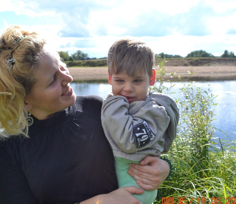 Шестилетнему сыктывкарцу Арсению Бондаренко необходимы средства на продолжение лечения ДЦП