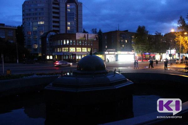 Главный фонтан Сыктывкара выключили из-за порывистого ветра