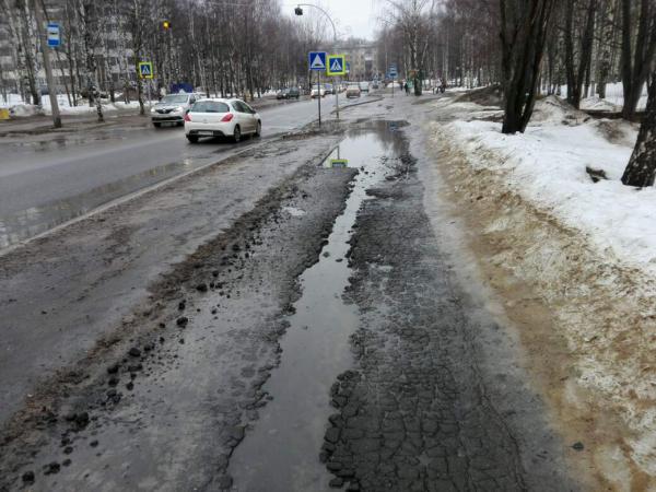 В Сыктывкаре тротуар у церкви христиан-баптистов отремонтируют в 2018 году