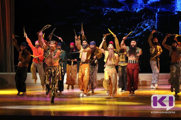 Юбилейный сезон в театре оперы и балета Коми открыли под восторженные крики молодежи