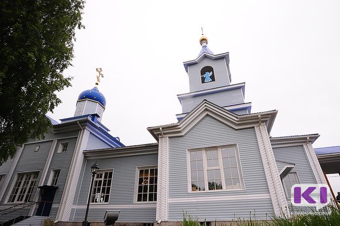 Ночью на Свято-Казанский храм в Сыктывкаре напали вандалы