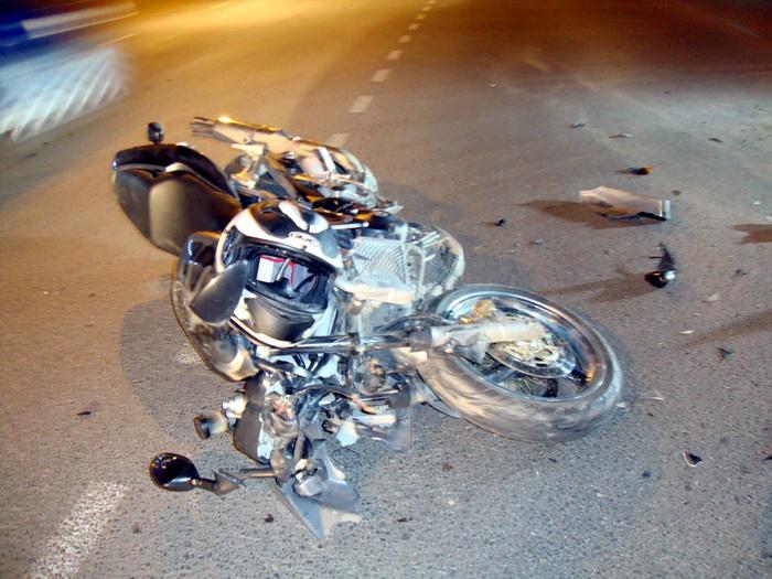 В Сыктывкаре нарушительница за рулем сбила мотоциклиста