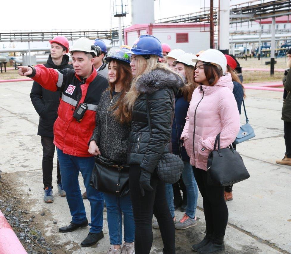 Студенты УГТУ побывали на объектах Лукойл-Коми