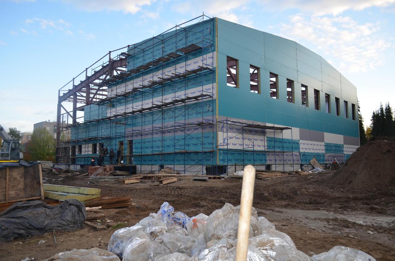 На окончание строительства бассейна в Сосногорске подрядчику требуется еще 14 миллионов рублей