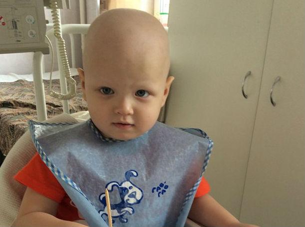 В Коми открыт срочный сбор для лечения страдающего лейкозом Савелия Майбурова