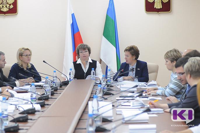 В Коми своей очереди на получение жилья ждут 1 881 детей-сирот