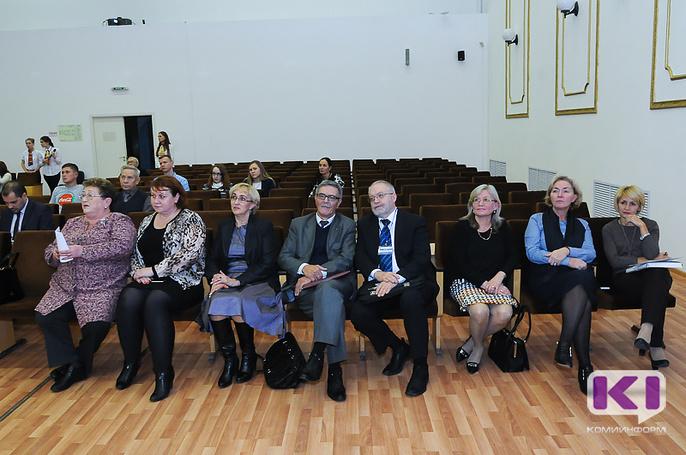 Помирить оленеводов Коми, Ненецкого и Ямало-Ненецкого АО решили участники Арктической конференции