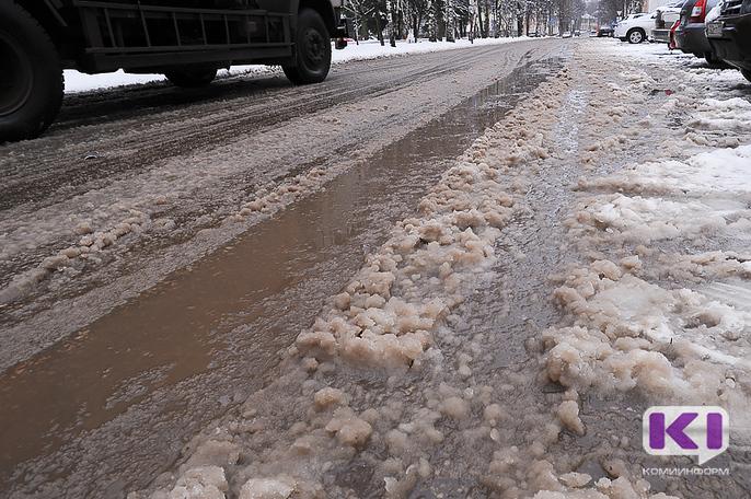 В Коми продлено ограничение пользования дорогами для тяжеловозов