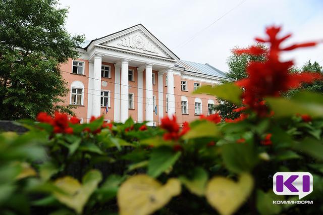 Труппу Национального драматического театра Коми пополнили выпускники Щукинского института