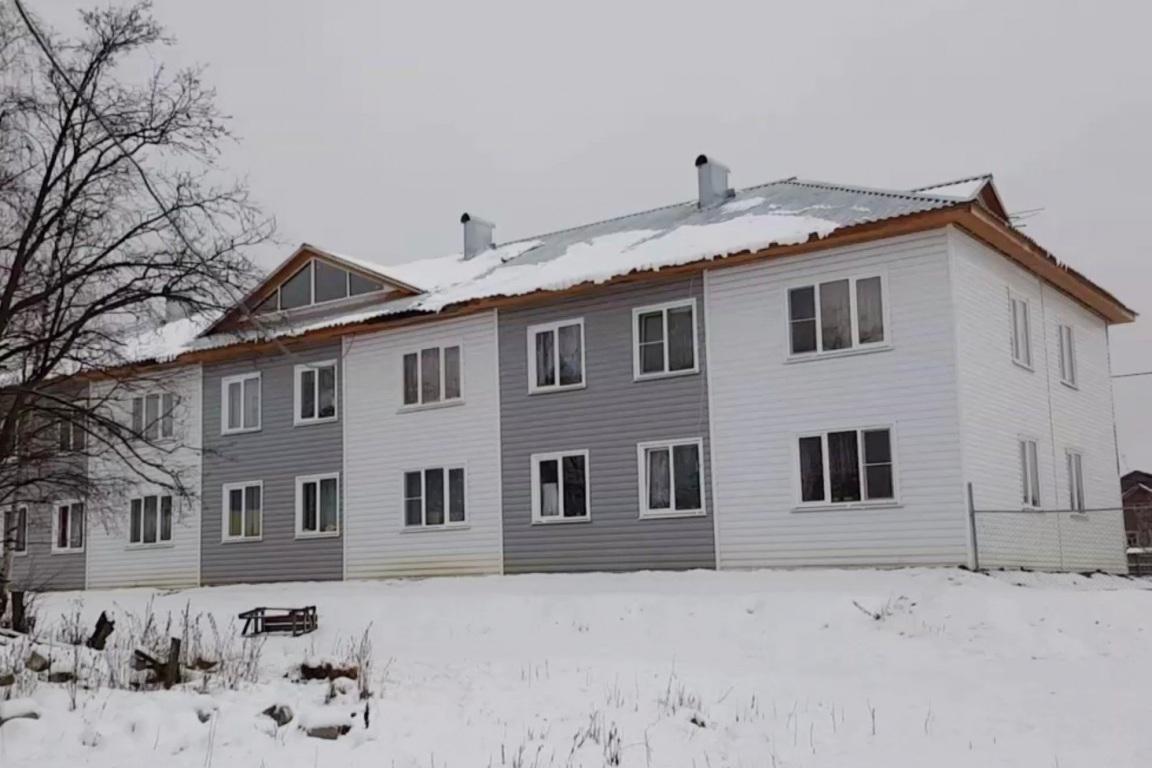 Ижемские власти проинспектировали условия проживания переселенцев в щельяюрском новострое