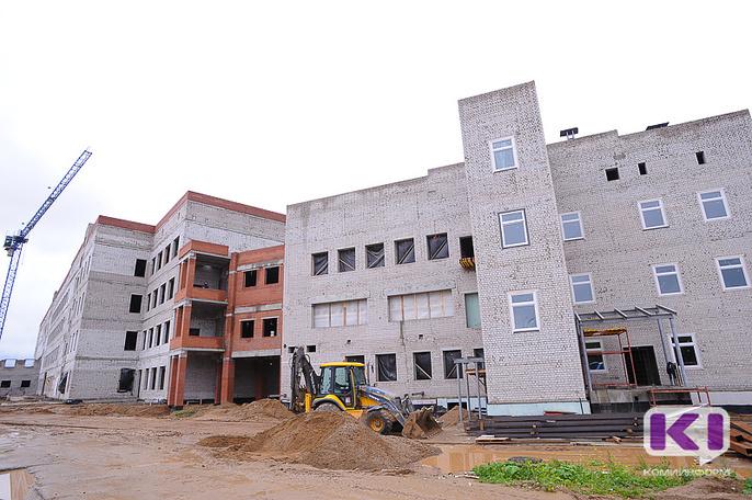 Школу в сыктывкарской Орбите должны достроить до 31 марта 2018 года