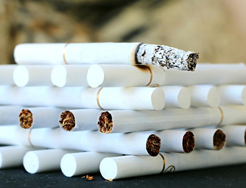 Лучшей мотивацией для отказа от курения большинства жителей Коми станет повышение стоимости пачки сигарет до 300 рублей