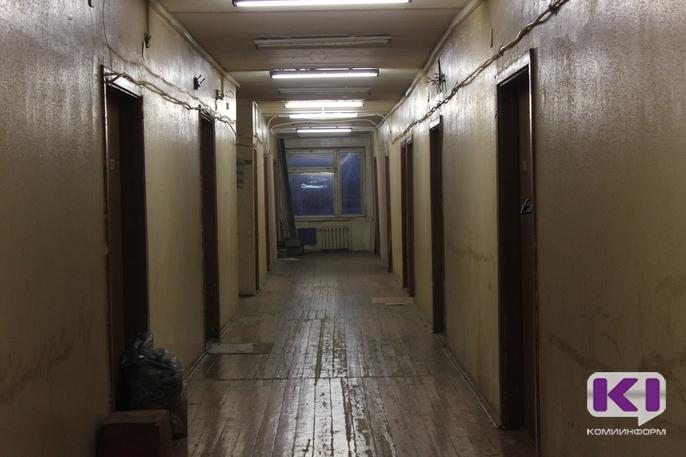 Свет в конце коридора: как изменилась жизнь обитателей сыктывкарского общежития по 1-й Промышленной