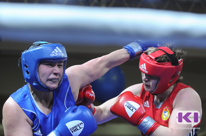 В финале Кубка России по боксу сыктывкарка Виктория Крылова сломала руку