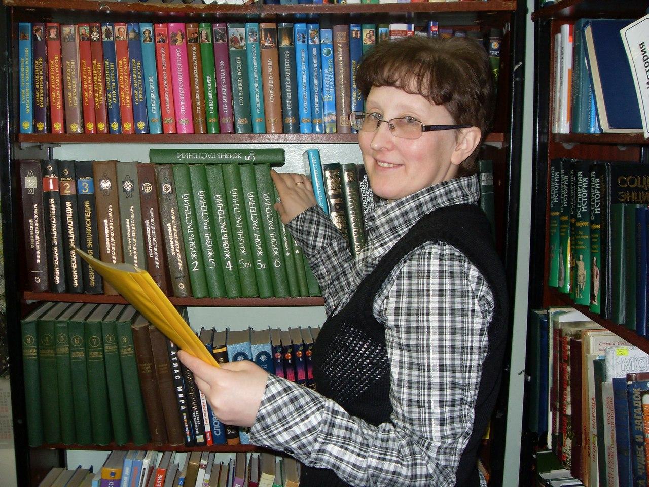 Библиотека села Ыб выиграла международный грант, на который приобрела православную литературу