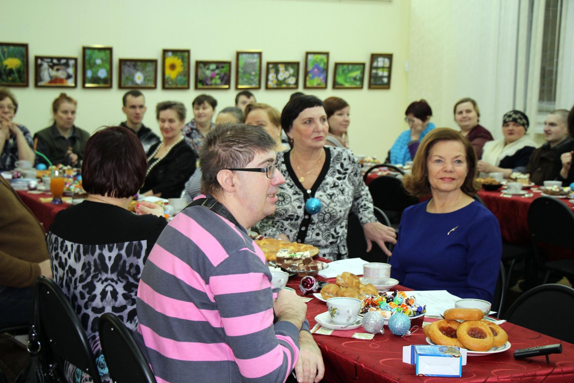 """В Инте на """"Добрый Новый год"""" пригласили людей с особыми потребностями здоровья"""