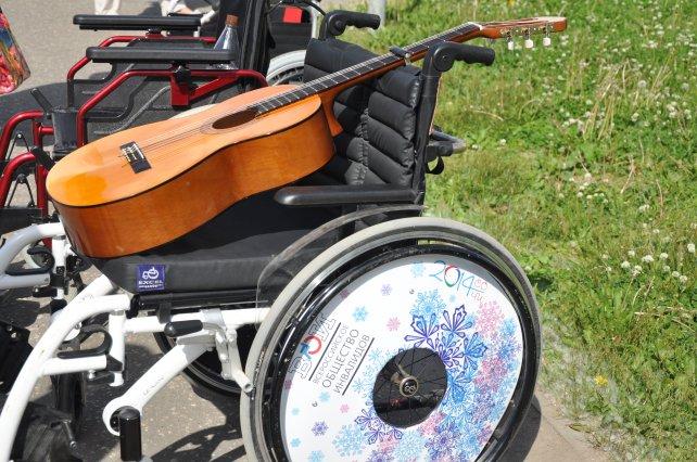 Для людей с инвалидностью Сыктывкара готовят театральные тренинги, православные праздники и виртуальные путешествия