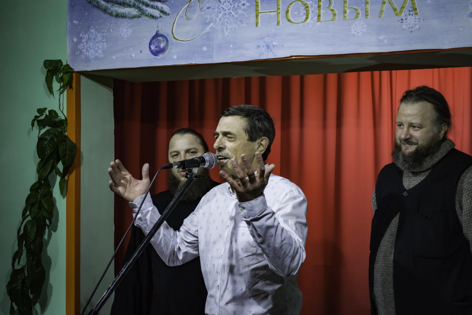 Певец и композитор Георгий Лысенко дал концерт в колонии Коми