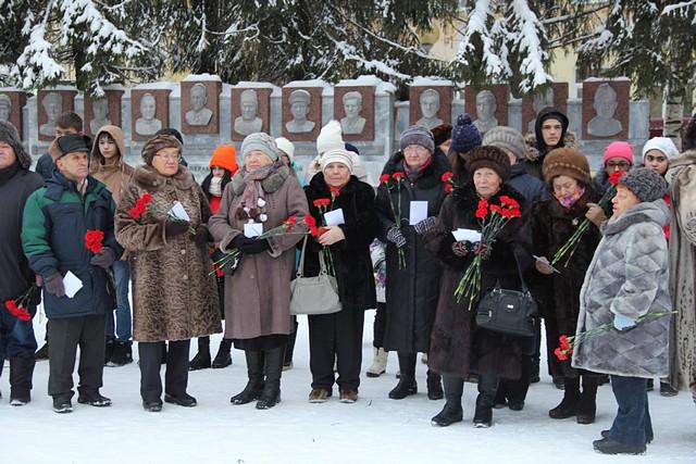 Сегодня в РФ отмечают День героев Отечества