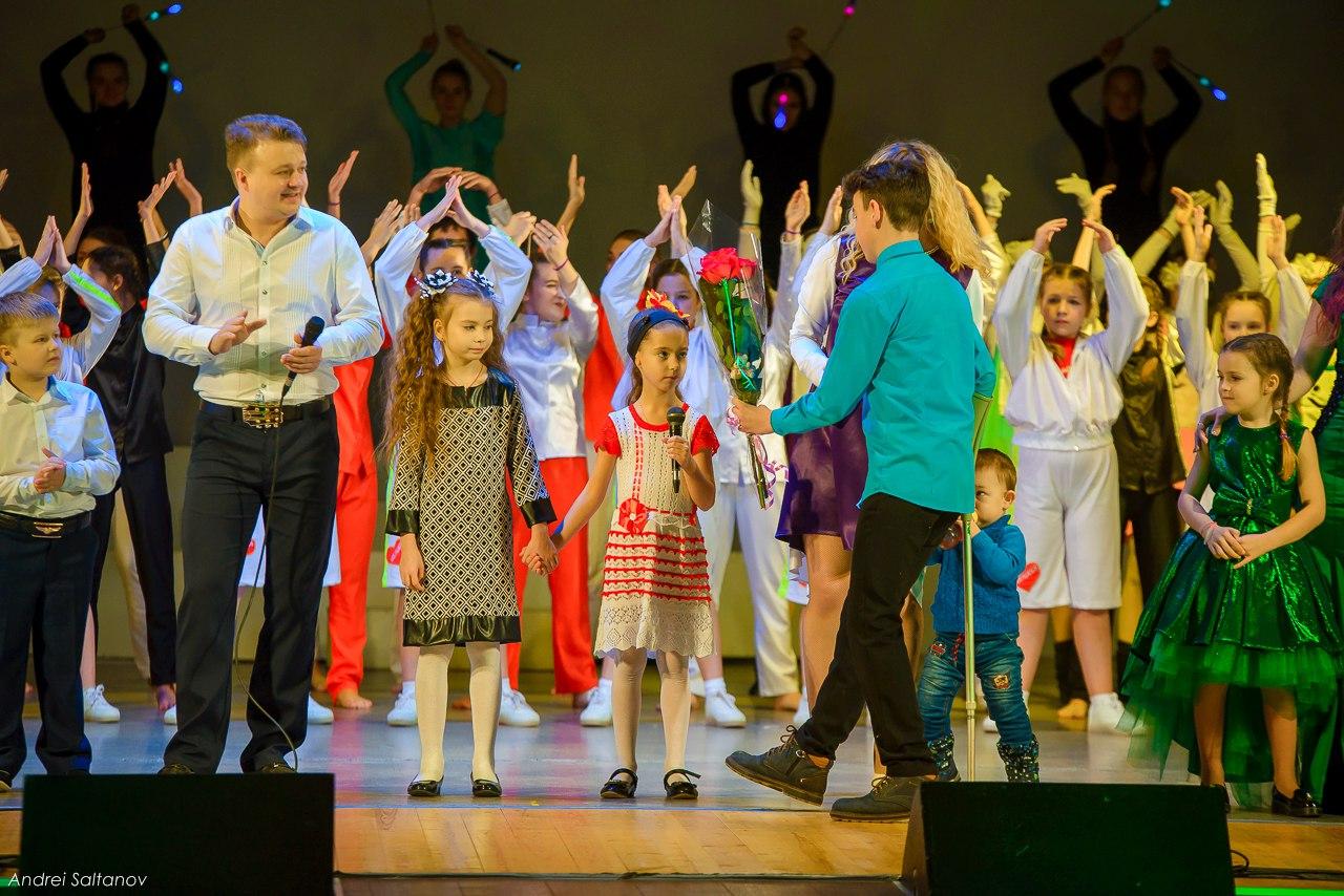 Большой благотворительный концерт в Ухте собрал для Киры Наумовой 340 тысяч рублей