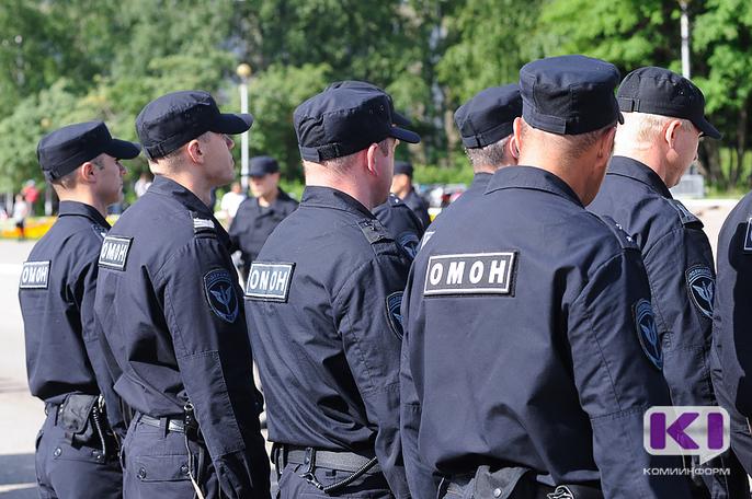 Житель Сыктывкара с психиатрическим заболеванием добровольно сдал оружие росгвардейцам