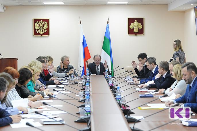 Депутаты Госсовета подготовили 16 вопросов главе Коми