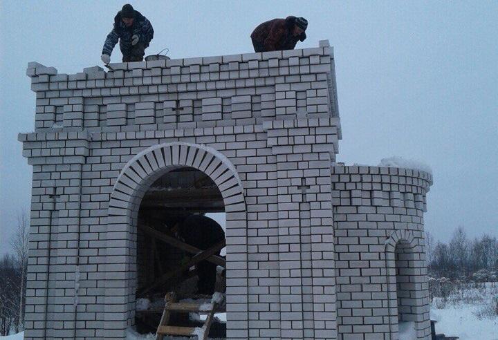 В Усть-Куломе восстанавливают часовню у святого источника Николая Чудотворца
