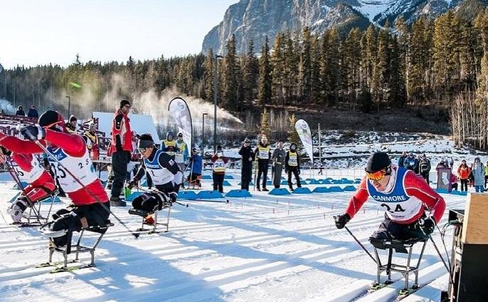 Иван Голубков из Коми завоевал третью золотую медаль на первом этапе Кубка мира по лыжным гонкам и биатлону