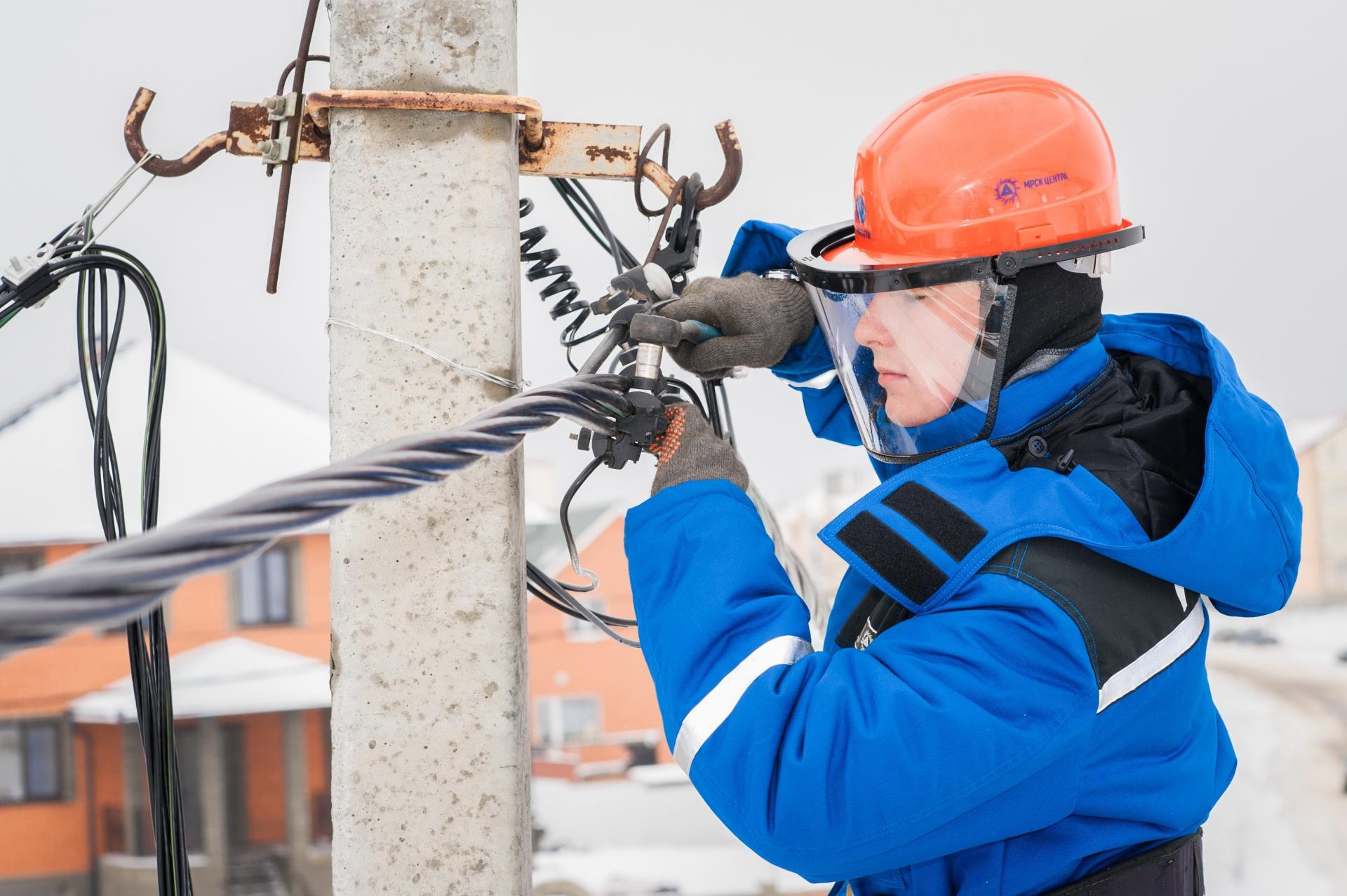 За сутки в двух муниципалитетах Коми наблюдались перебои с электроснабжением