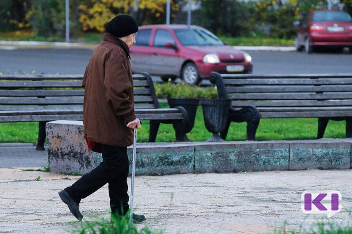 Решение об увеличении пенсионного возраста россиян должно приниматься постепенно и мягко - Владимир Путин