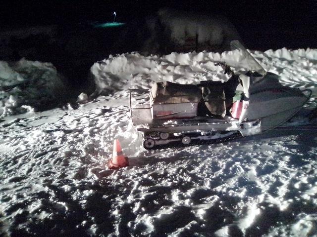 ВКоми нетрезвый шофёр снегохода задним ходом наехал напьяную женщину-пешехода