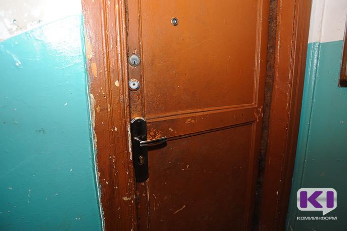 В одном из домов Сыктывкара обнаружено тело молодого человека