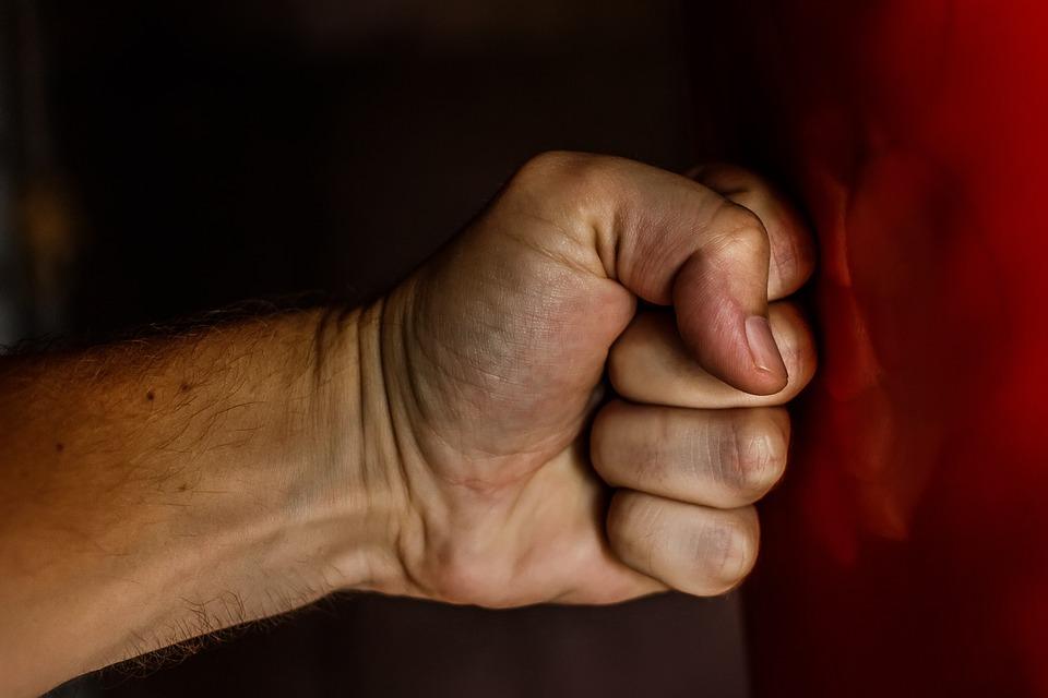 С начала года в Сыктывкаре завели три уголовных дела из-за жестокого обращения с детьми