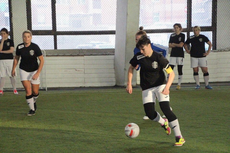 Спортсменки в Коми доказывают, что женский футбол не хуже мужского