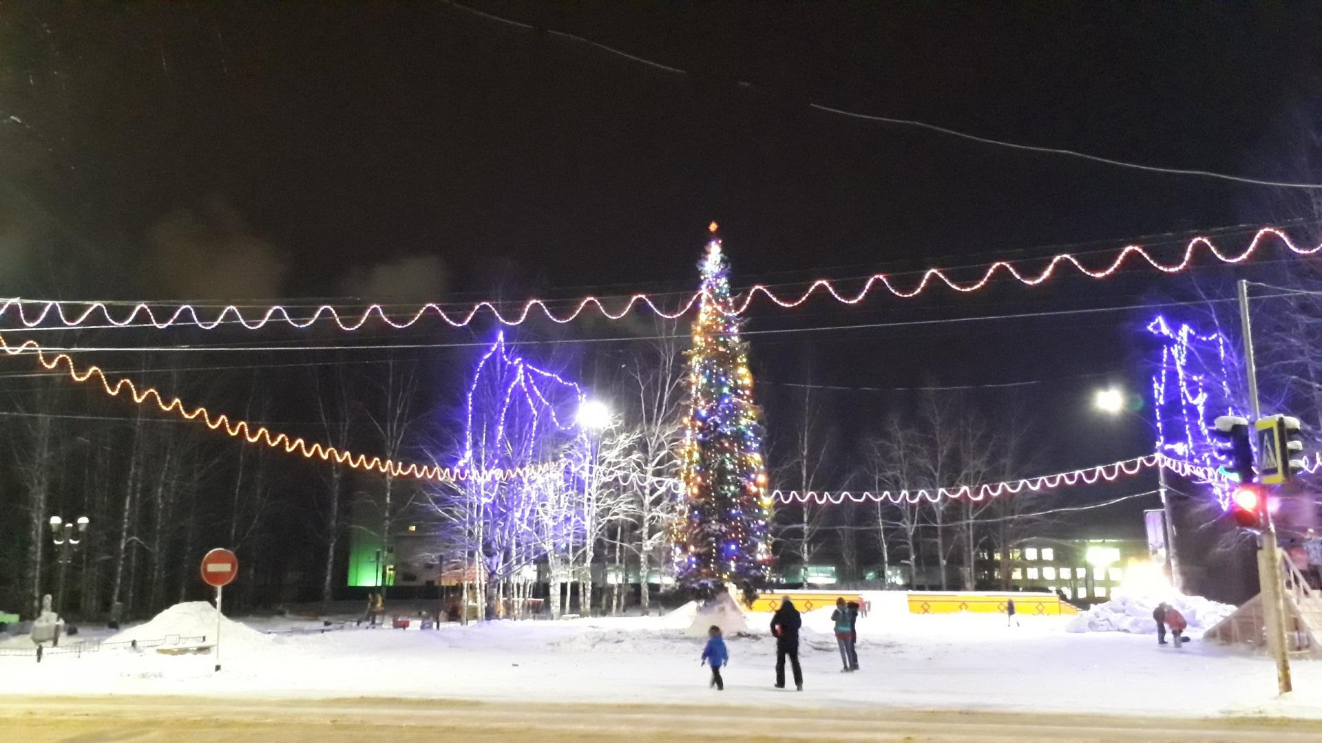В Сыктывдине подвели итоги конкурса-смотра на лучшее новогоднее оформление