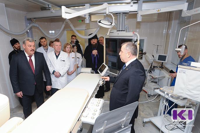 Уникальный ангиографический комплекс для лечения пациентов с инсультами появился в Коми