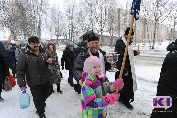 Православные сыктывкарцы прошли Крестным ходом по городу