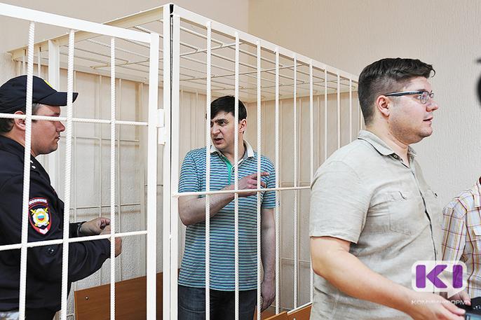 В суде по делу Романа Зенищева допрашивают его бывшего первого зама - Сергея Гераймовича