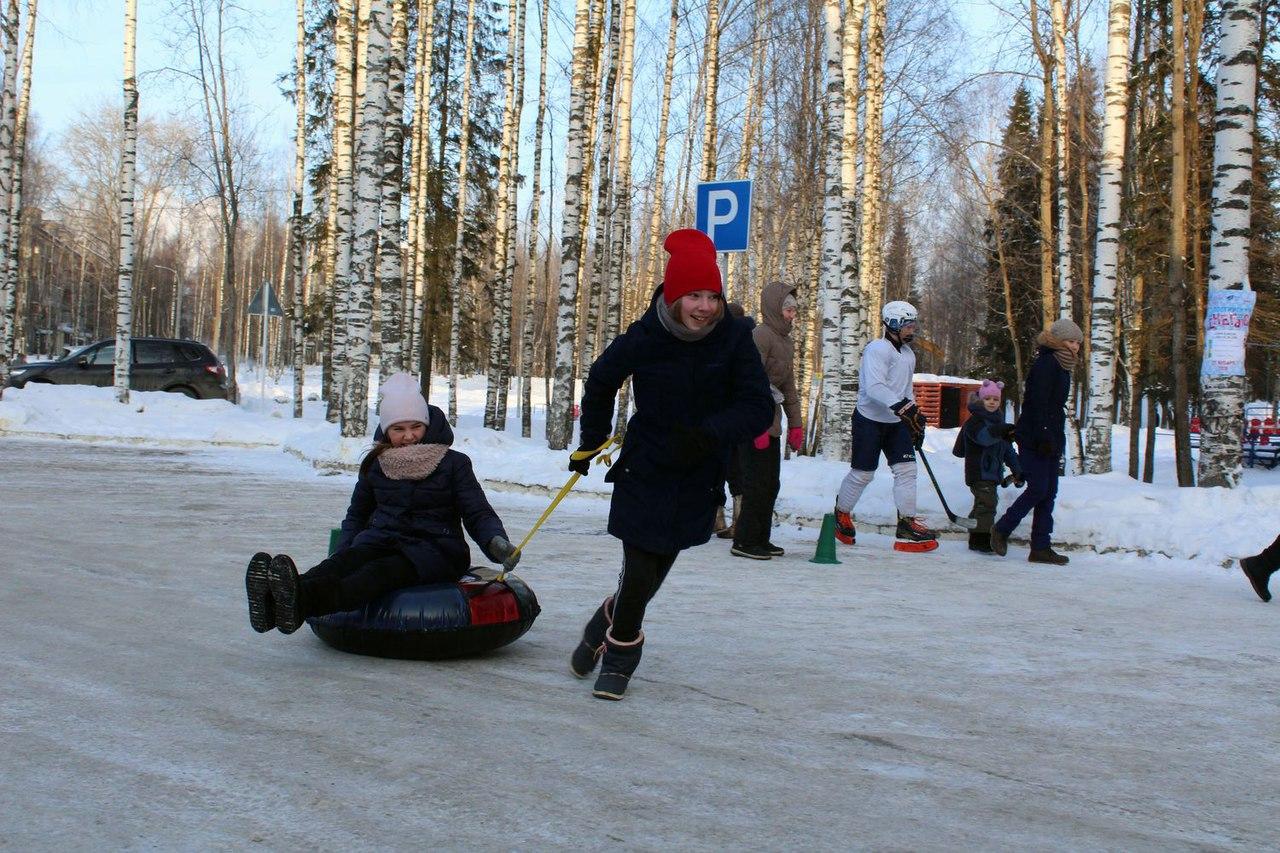 День снега в Сыктывкаре отметили около 500 человек