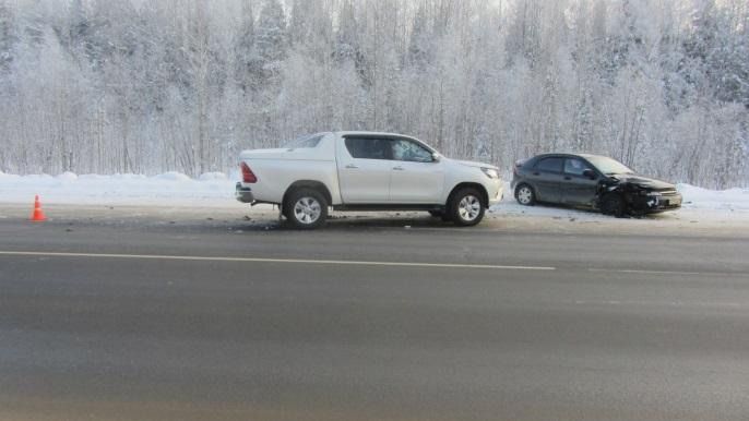Два человека пострадали в автоаварии на трассе Сыктывкар - Чебоксары