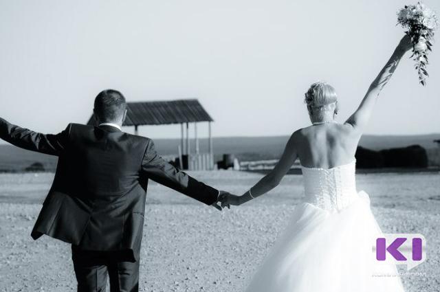 В Госдуме не поддержали идею приравнять сожительство к браку