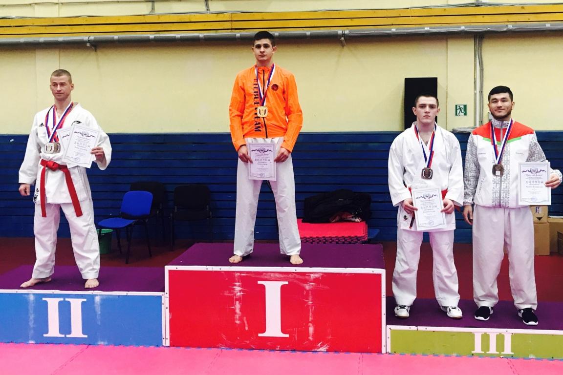 Ухтинец Артур Гасанов победил на всероссийских соревнованиях по карате