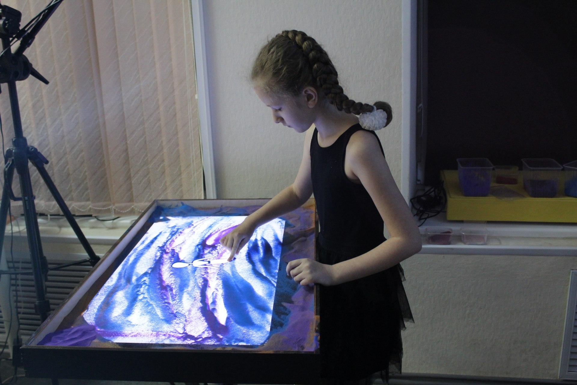 От розового замка до исполнения мечты: в Сыктывкаре состоялось шоу песочной анимации