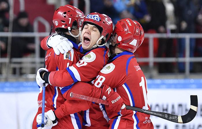 Сборная России в 11 раз выиграла ЧМ по хоккею с мячом