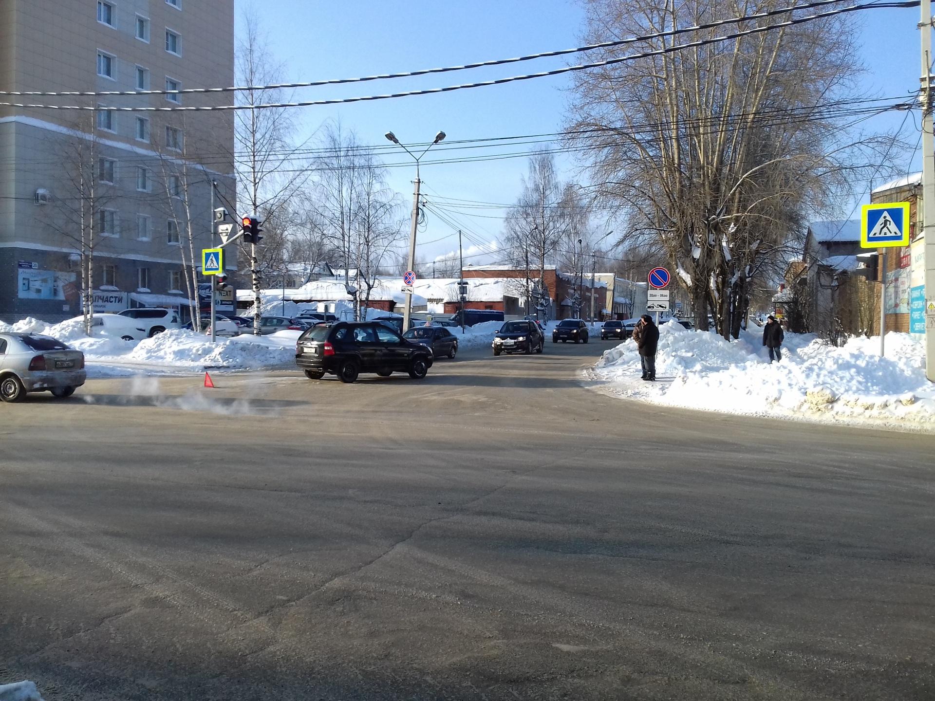 В Сыктывкаре 80-летний водитель сбил пенсионерку